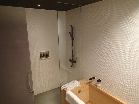 Hotel Kanra Kyoto: Salle de bain superbe