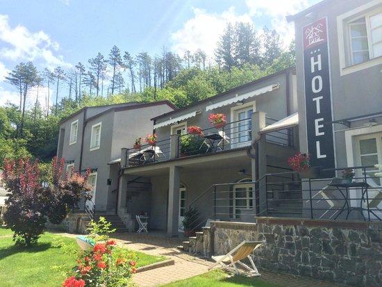 Hotel Abetaia: Front