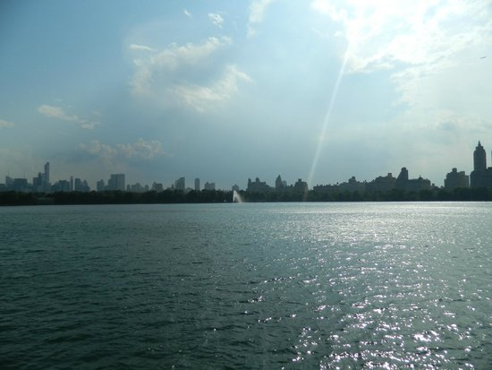 lago mas grande del central park