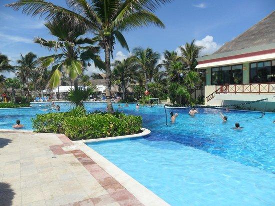 Grand Bahia Principe Tulum: Akumal Pool