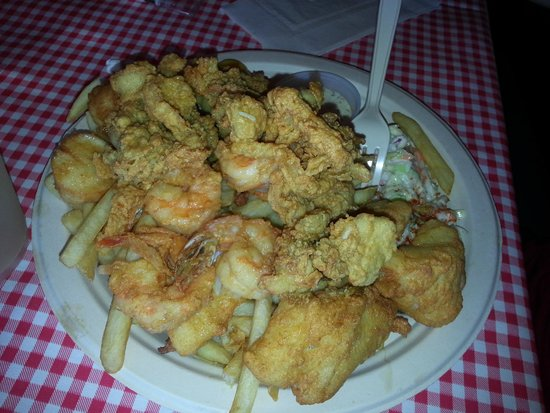 Moby Dick's: Seafood Platter