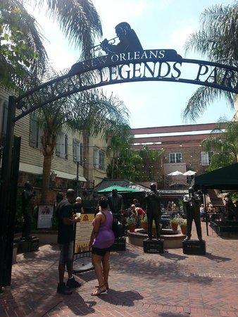 Bourbon Street: Legend Park Cafe