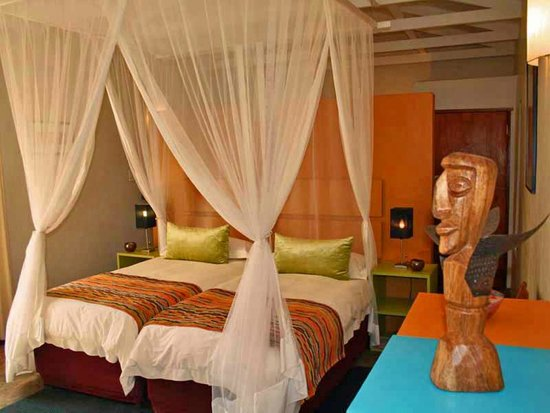 Madi a Thavha Mountain Lodge: Bedroom in Limpopo house