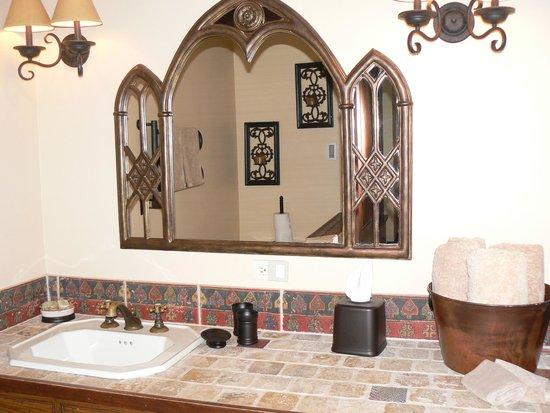1900 Inn on Montford: Bathroom