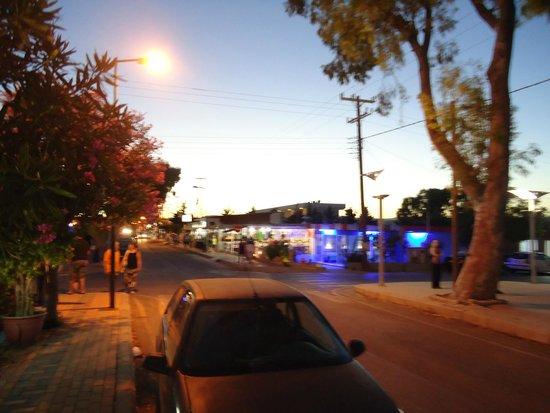 Sentido Port Royal Villas & Spa: Kolimbia Town