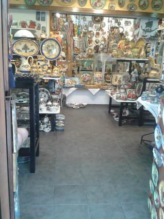 Lindos: shop in the village