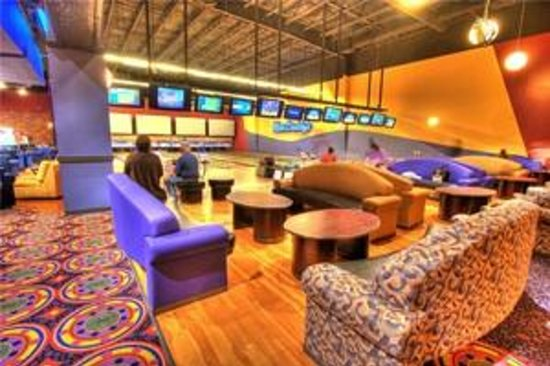 MacDaddys Entertainment Center Boutique Bowling