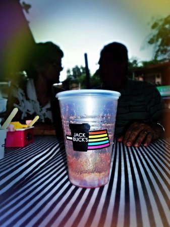 Jackbuck's Coffees and Friends : Tomando um açaí no final da tarde no Jackbuck's. *-*