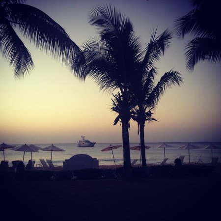 Carimar Beach Club : Dusk