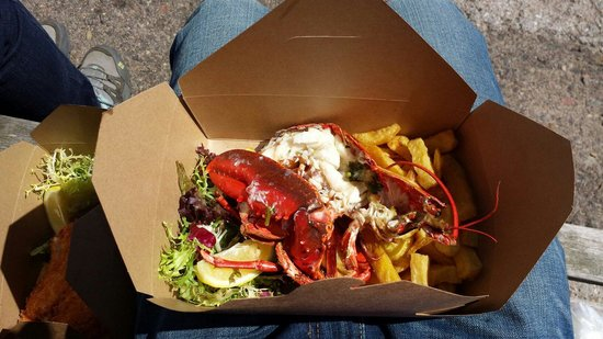 The Lobster Shack: Delicious lobster and chips!