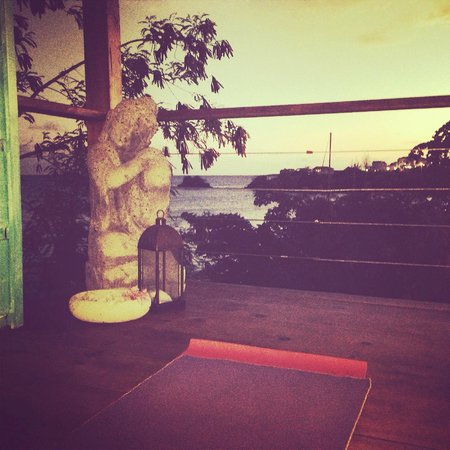 True Blue Bay Boutique Resort: yoga with a view! Sankalpa Studio @ True Blue