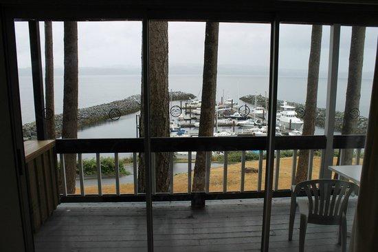 Beach Gardens Resort Hotel: Balcony View