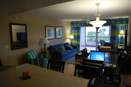 "Resort on Cocoa Beach : A Real ""Home Away from Home"" Feel..."