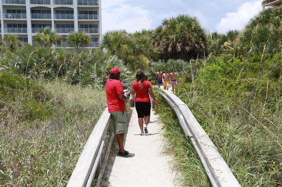 The Resort on Cocoa Beach : Private beach access...