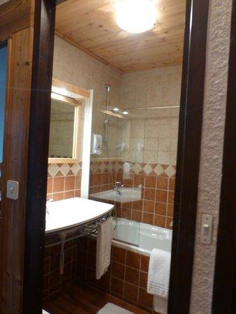 Hotel l'Edelweiss : salle de bain