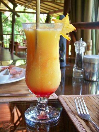El Remanso Lodge: Scrumptious passionfruit smoothie!