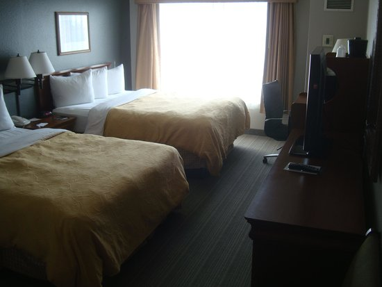 Country Inn & Suites by Radisson, Newark Airport, NJ : Room view
