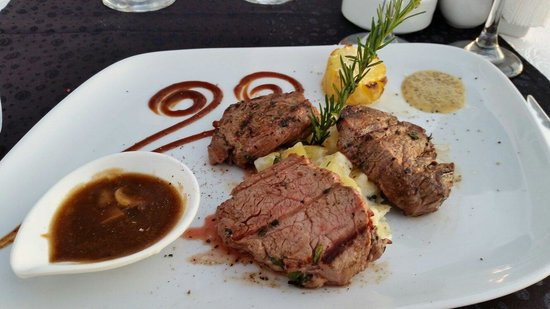 Sentido Flora Garden: Filet Mignon at Steak Restaurant. Superb in every way.