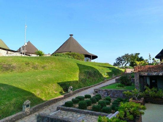 Ngorongoro Sopa Lodge: Grounds