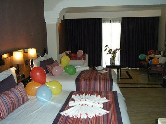 The Royal Suites Yucatan by Palladium: The AMAZING room surprise