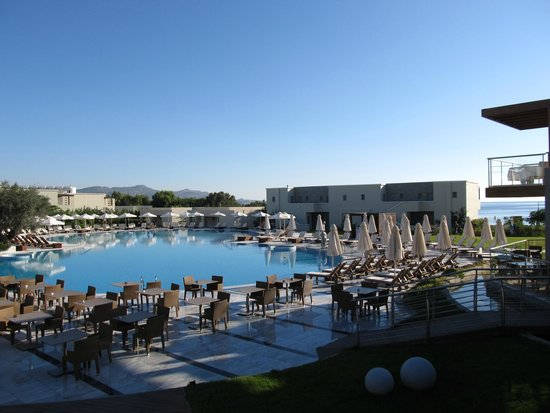 SENTIDO Port Royal Villas & Spa: View of Pool 1