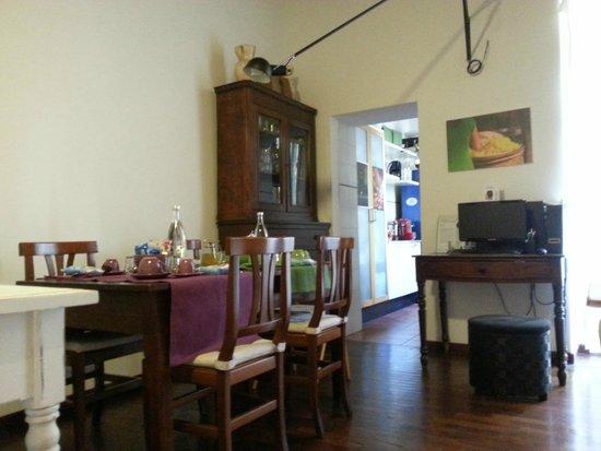 Capo d'Africa 4 Bed & Breakfast: Sala colazione