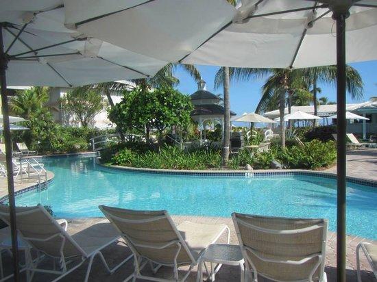 Ocean Club West : Pool area
