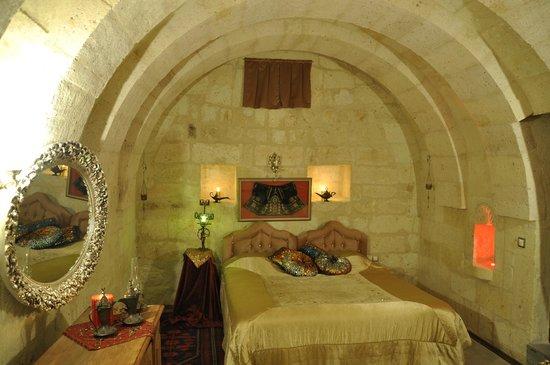 Cave Art Cappadocia: kırmızı mahsen