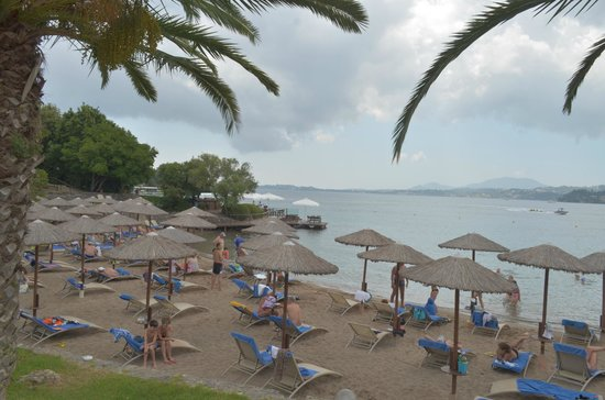 Grecotel Corfu Imperial: beach area