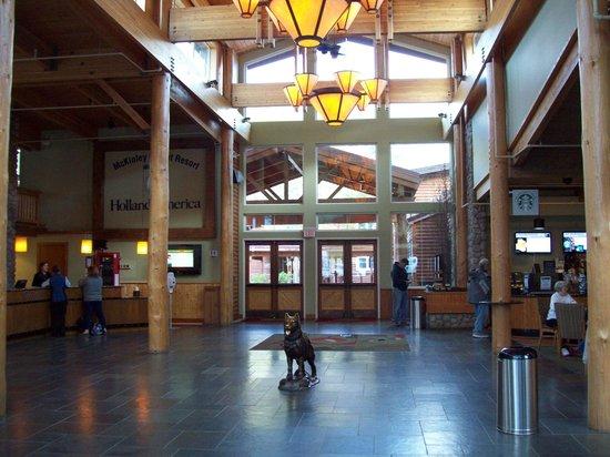 McKinley Chalet Resort : Main Lodge Foyer & Front Desk