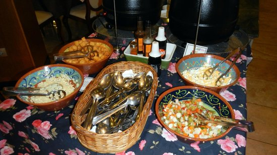 Hotel Alba Seleqtta: Excellent buffet