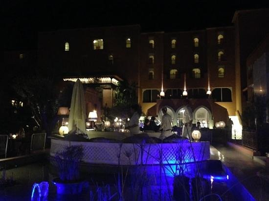 Sofitel Marrakech Palais Imperial: So Lounge