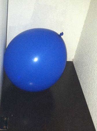 Motel 6 Biloxi Beach: Balloon left in room from previous customer