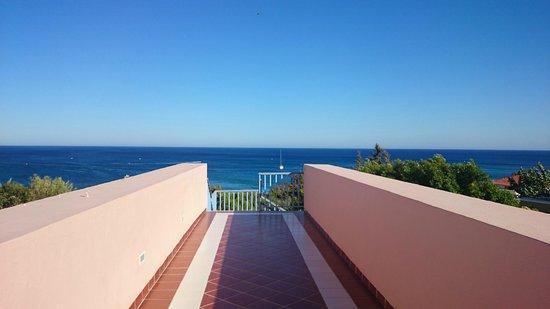 Mitsis Rhodos Village Beach Hotel : Närhet