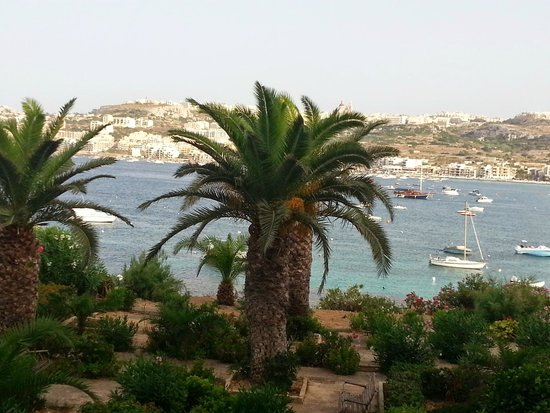 Mellieha Bay Hotel : View from the lowest level of rooms