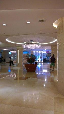Grand Ambassador Seoul associated with Pullman : Lobby
