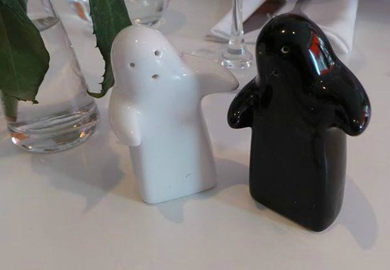 The Rose Garden: Salt and pepper shakers.