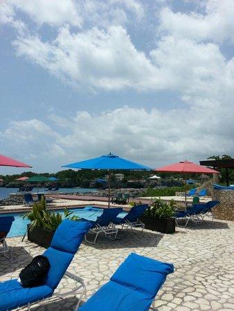 Rockhouse Hotel : Rockhousr pool amazing!