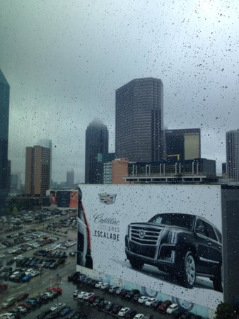 Homewood Suites by Hilton Dallas Downtown: Rainy day