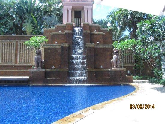 Sokha Angkor Resort: pool