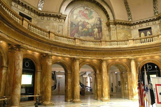 Massachusetts State House : Rotunda