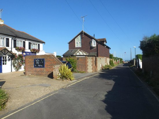 The Seaview Hotel: Road to beach