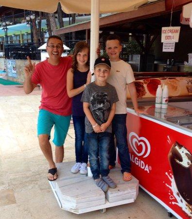 Marmaris Park Hotel : Ice cream time