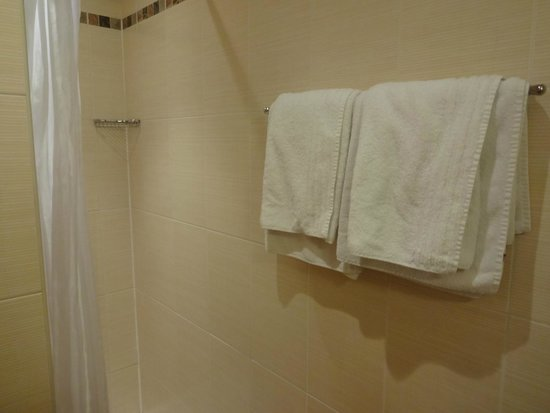 Home MODERNE: Bathroom