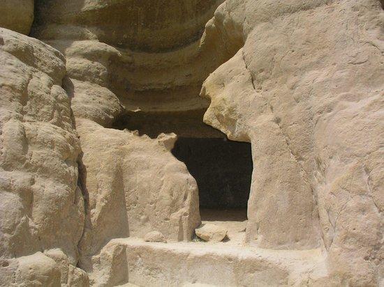 Matala beach : Le antiche tombe