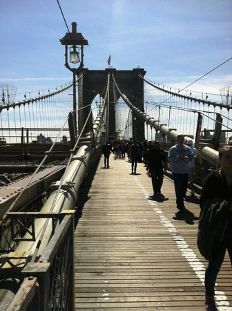 Real New York Tours: Brooklyn Bridge