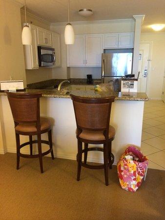 Hyatt Regency Clearwater Beach Resort & Spa: kitchen area 1124