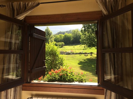 Hotel Selba d'Ansils: My bedroom window:)