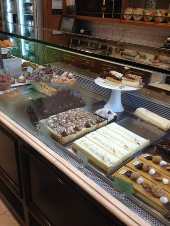 Roladin Bakery and Cafe: Baked Goods