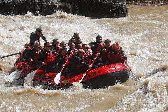 Jackson Hole Whitewater: Row, Row, Row your boat!!